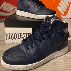 Air Jordan 1 Retro High GS 'Midnight Navy'